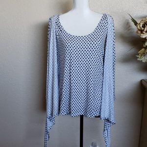Harlow Tops - ❤ 3 FOR $30Harlow & Rose double layer top, size  L